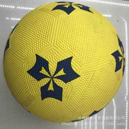 彩色橡胶足球销售